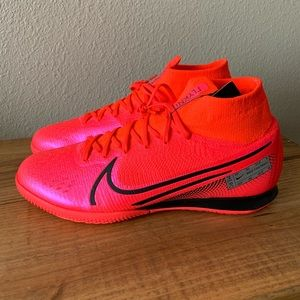 Nike Superfly 7 Elite IC Indoor Cleats Size 9.5
